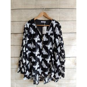 Plus Size Black Butterfly Blouse with Front Zipper
